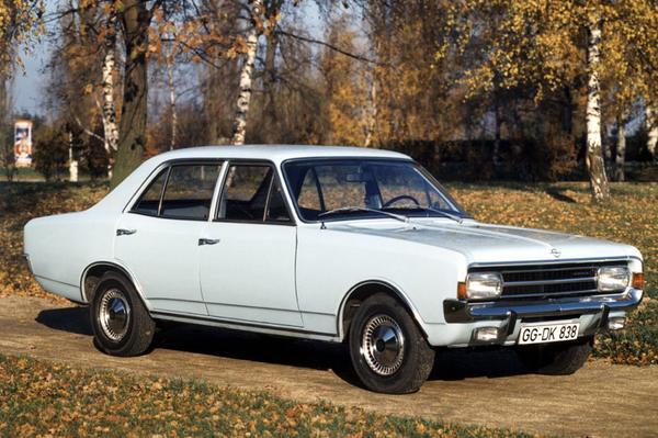 Opel Olympia Rekord P1, 1957-1960