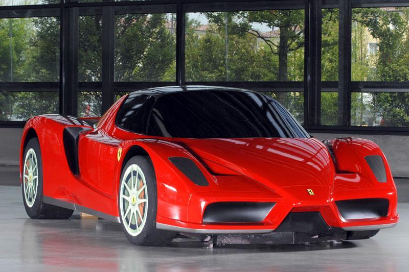 Ferrari ontvouwt toekomstplannen