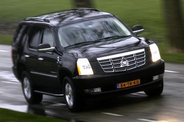 Cadillac Escalade 6.2 V8 Sport Luxury (2007)