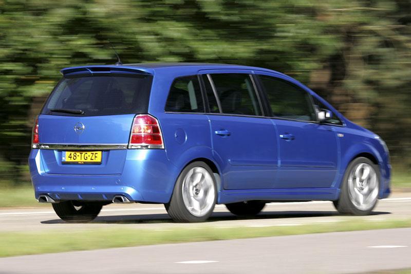 Opel Zafira OPC (2007)