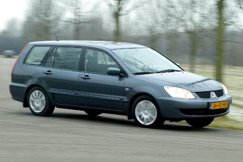 Mitsubishi Lancer Wagon 1.6 Inform (2006)