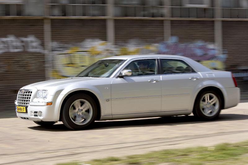 Chrysler 300C 3.5 V6 (2006)