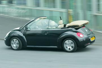 Volkswagen New Beetle Cabriolet 1.6 Highline (2006)