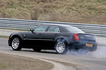 VriMiBolide: Chrysler 300C SRT-8