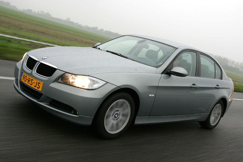 BMW 320d (2006)