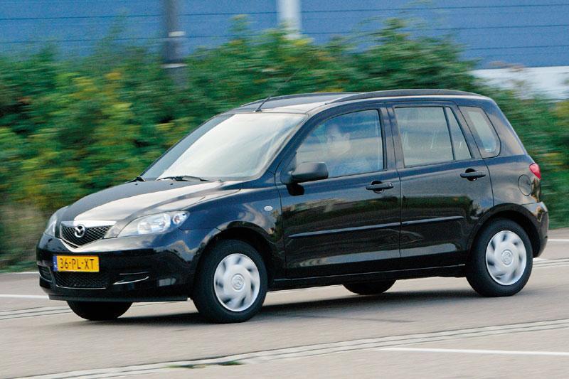Mazda 2 1.4 Exclusive (2005)