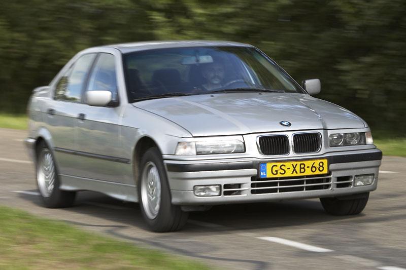 Klokje rond BMW 325td (1993)