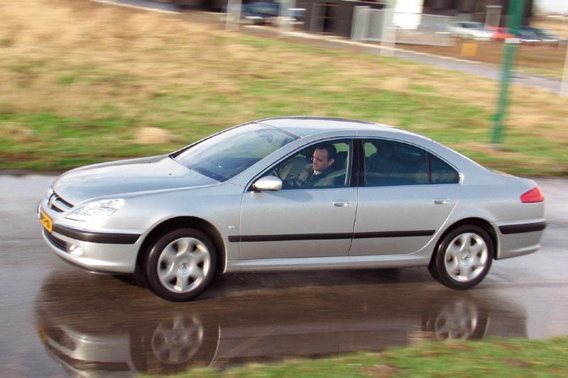 Peugeot 607 3.0 V6 24V Executive (2004)