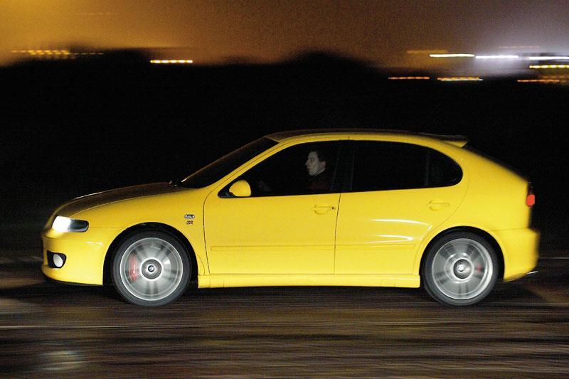 Seat Leon 1.8 20VT Cupra R (2004)