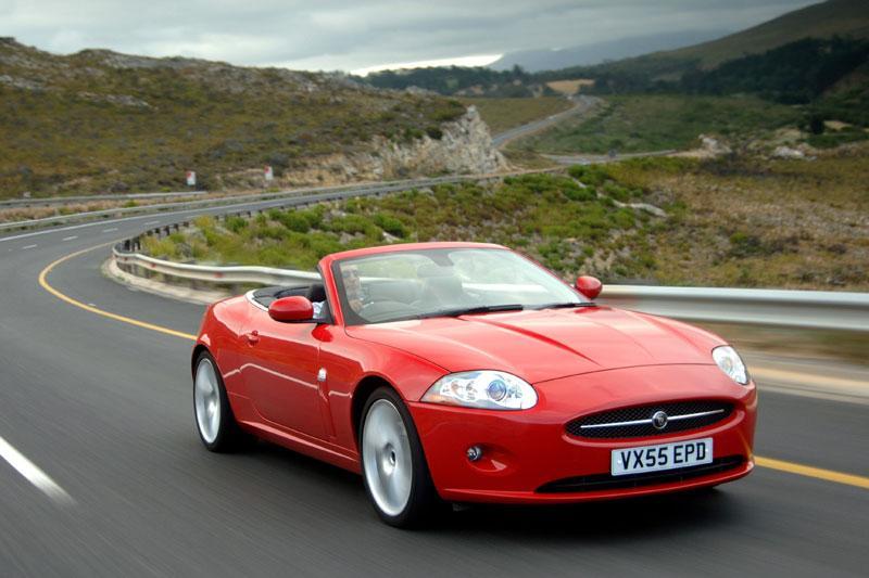 Jaguar XK Coupe - Convertible