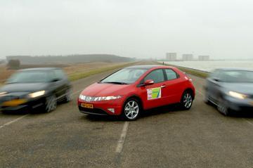 Honda Civic 1.8i-VTEC Executive / Audi A3 Sportback 2.0 FSI Ambition / BMW 118i