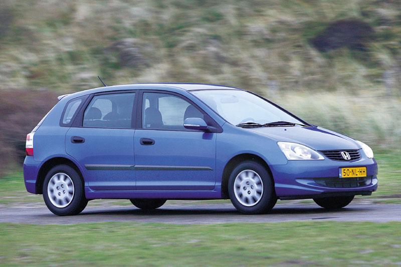 Honda Civic 1.4i LS (2004)