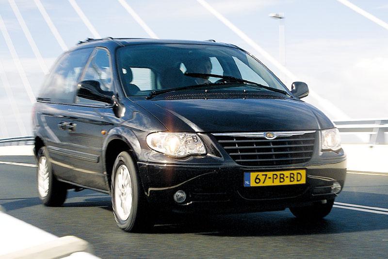 Chrysler Voyager 2.8 CRD LX (2004)