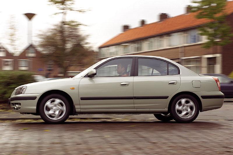 Hyundai Elantra 1.6i DynamicVersion (2004)