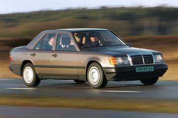 Mercedes-Benz 260 E – 1988