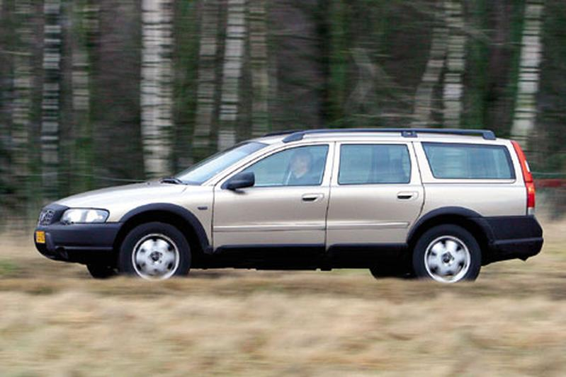 volvo xc70 d5 awd 2003 autotest. Black Bedroom Furniture Sets. Home Design Ideas