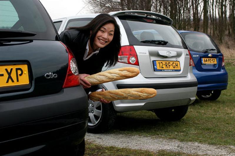 Chevrolet Kalos 1.4 16V Style/ Hyundai Getz 1.6i DynamicVersion/ Renault Clio 1.