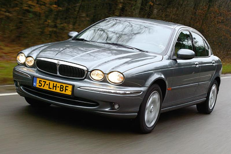 Jaguar X-type 2.0 V6 Business Edition (2003)