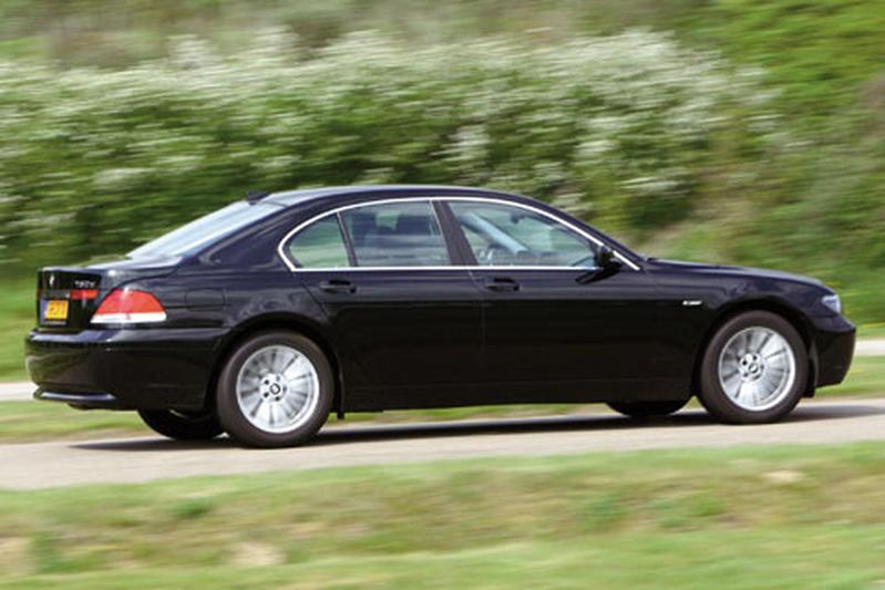 BMW 730d (2003)
