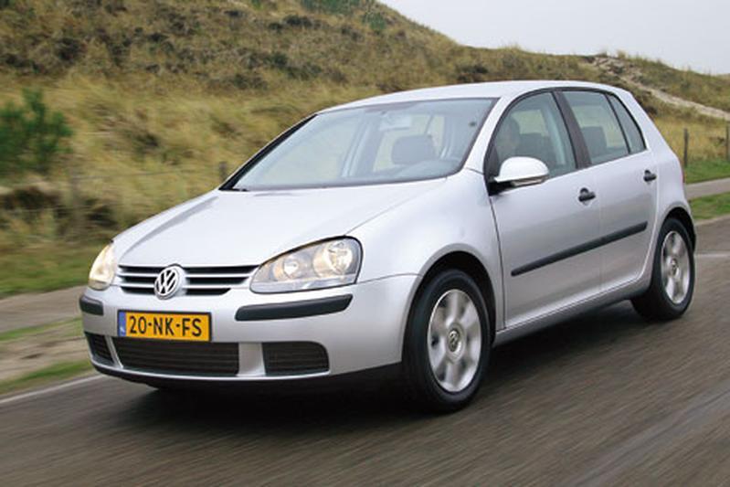 Volkswagen Golf 1.6-16V FSI Trendline (2004)