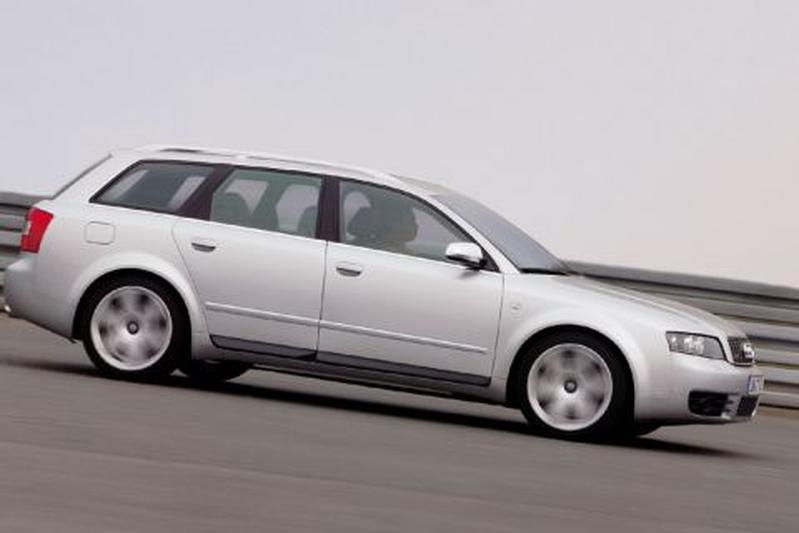Audi S4 Avant (2003)