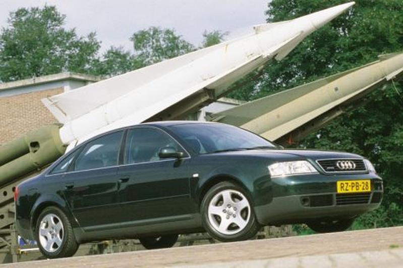 Audi A6 1.8 5V Turbo quattro (1999)
