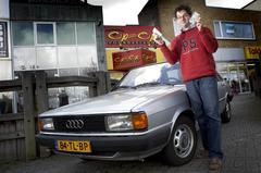 Klokje rond Audi 80