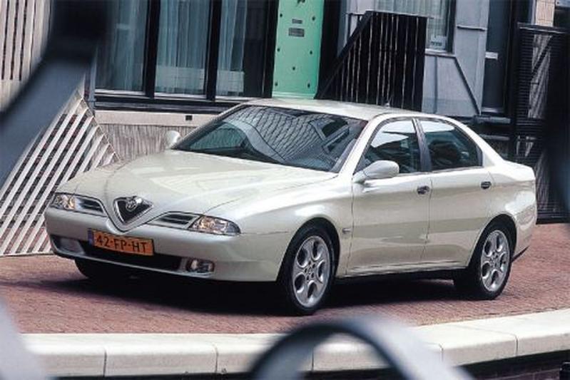 Alfa Romeo 166 3.0 V6 24V Super (2001)