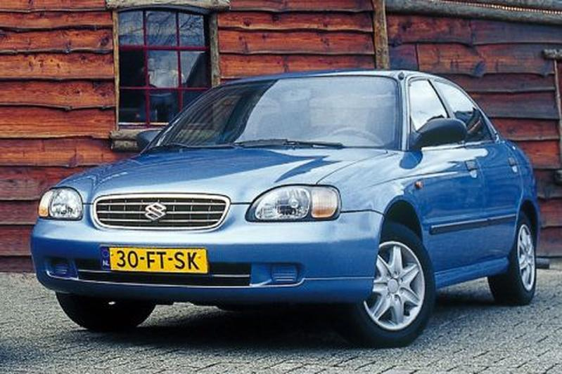 mobil bekas 50 juta Suzuki Baleno 2001