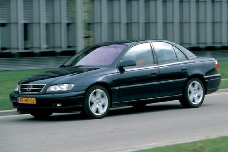 Opel Omega 3.2i-V6 Aut. Executive Edition (2002)