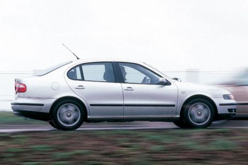 Seat Toledo 2.3 V5 Sport (2002)