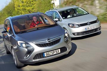 Opel Zafira Tourer - Volkswagen Touran