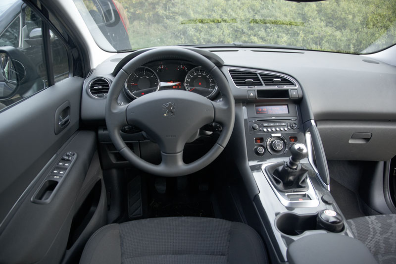 peugeot 3008 st 2 0 hdif 2010 autotest. Black Bedroom Furniture Sets. Home Design Ideas