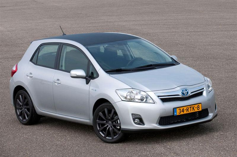 Toyota verleidt zakelijke klant met Auris Business
