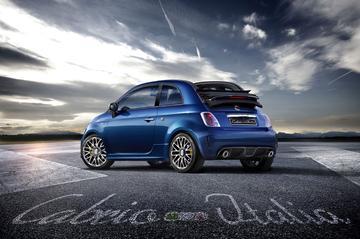 Feestje: Abarth 500 Cabrio Italia