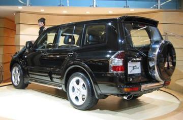 Mitsubishi Pajero Xceed