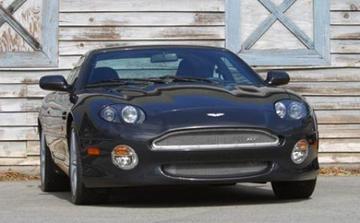 Rijgenot met Aston Martin DB7 GT