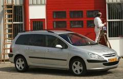 Peugeot 307 op grijs kenteken