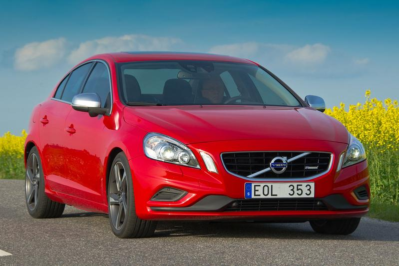 Volvo S60 T3 Kinetic (2011)
