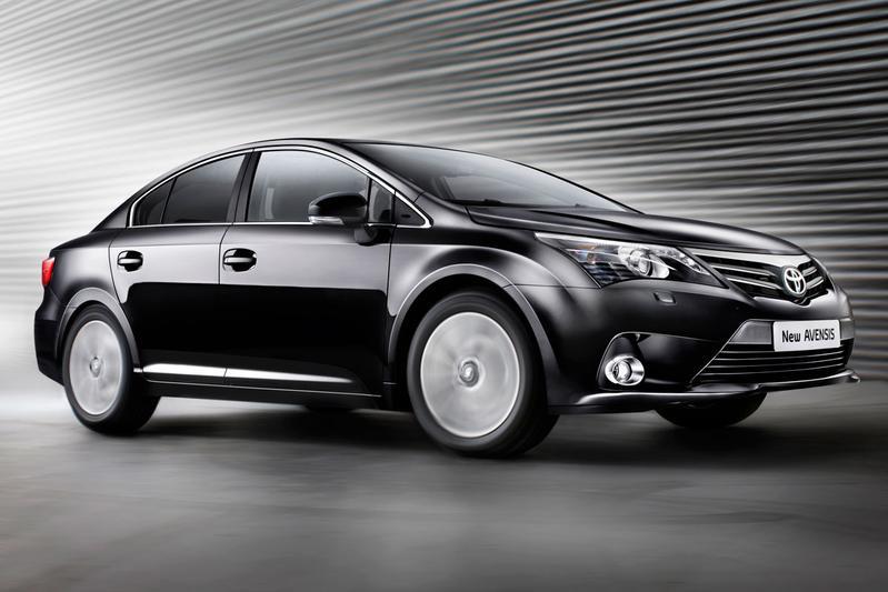 Eerste prijzen van de vernieuwde Toyota Avensis