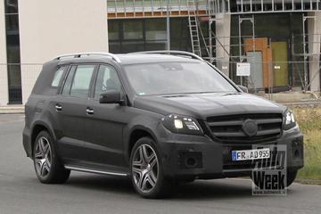 Mercedes test nieuwe GL met AMG looks
