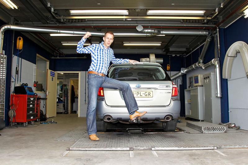 Op de rollenbank - Subaru Outback