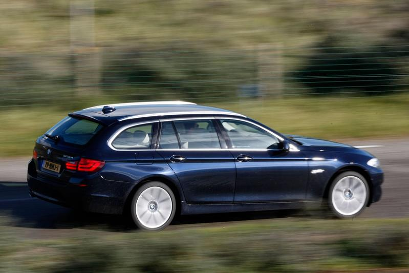 BMW 520d Touring High Executive (2011)