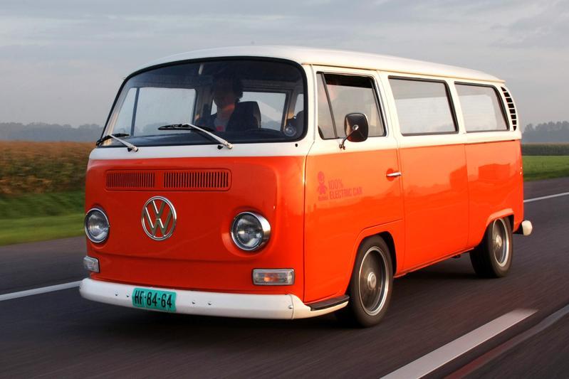 Bas van Putten rijdt elektrische VW T2