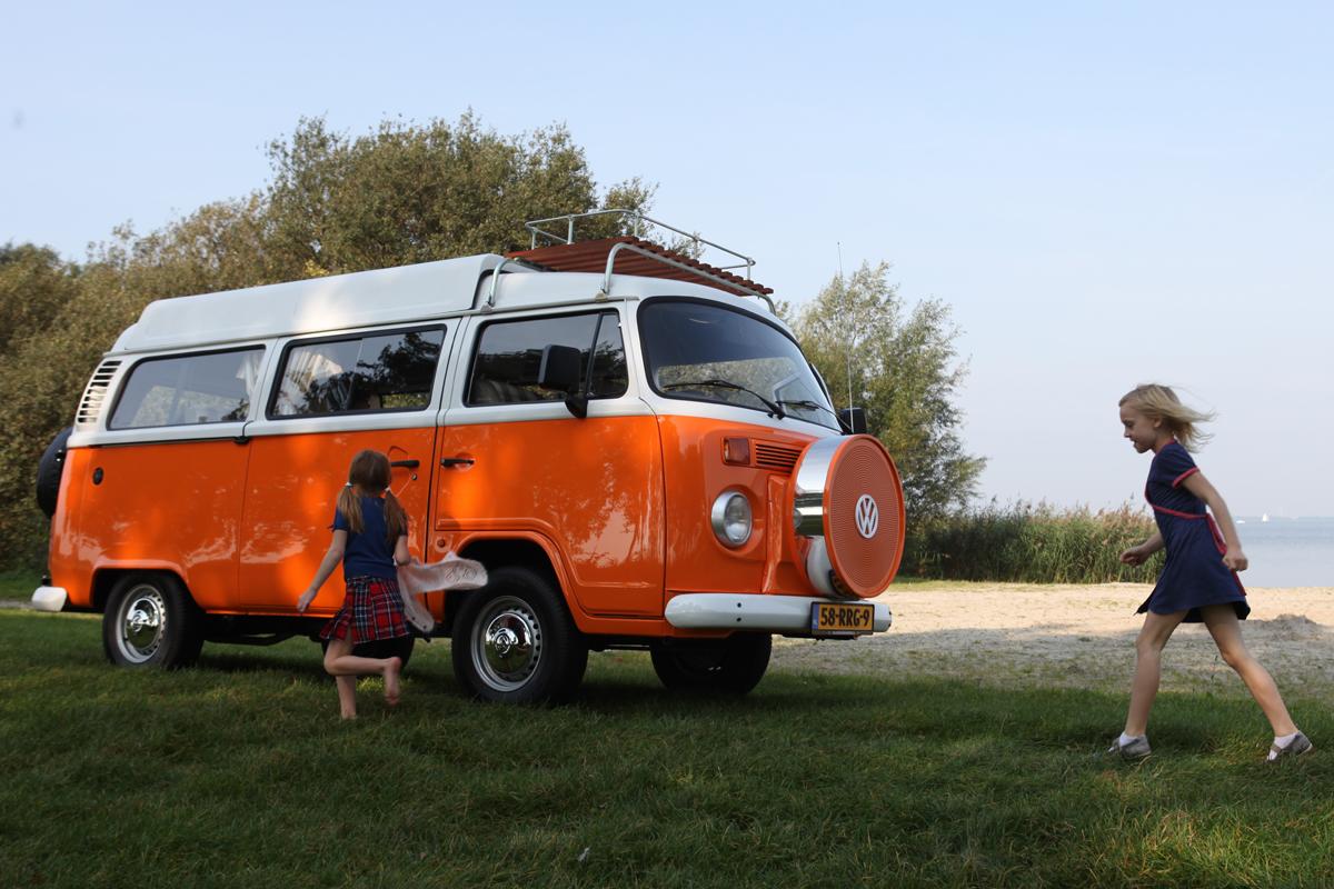 volkswagen t2 camper weer te koop autonieuws. Black Bedroom Furniture Sets. Home Design Ideas