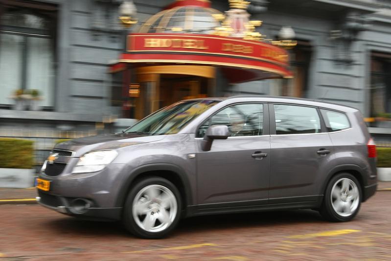 Chevrolet Orlando 1.8 LTZ (2011)
