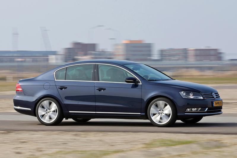 Volkswagen Passat 1.6 TDI Bluemotion T. Comfortline (2011)