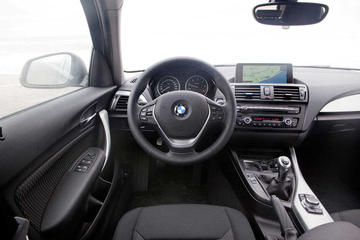 Bmw 118d business 2011 autotest for Serie 1 interieur