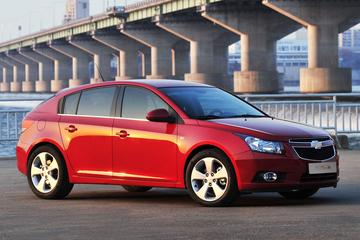 Terugblik: 'Chevrolet Cruze hatchback moet tij keren'