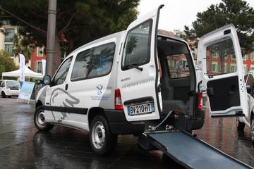 Elektrische Peugeot voor lichamelijk beperkten